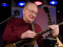 Gibson dice adiós al legendario guitarrista Les Paul,El artista murió a causa de complicaciones de una pulmonía.