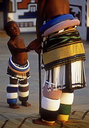 wedding-in-South-Africa-in-1996  Culturas de Carol Beckwith y Angela Fisher